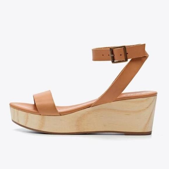 09a76910b51a12 Brand New Nisolo Sarita Wedge Sandal